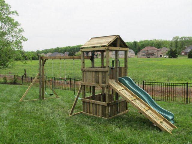 4x4 medel as shown $1350 including Wooden Roof, Wooden Ramp wiht Rope, Soft Grip Swings, and Periscope